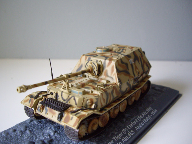 nº01 – Altaya PanzerJäger Tiger (P) Elefant (Sd.Kfz.184)