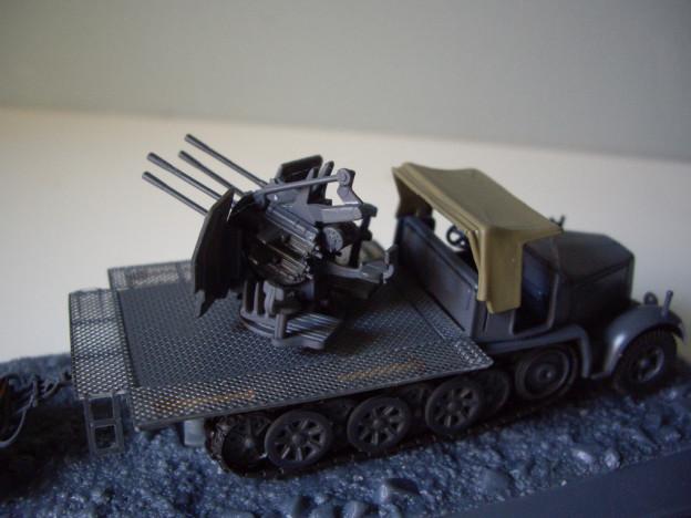 nº02 – Altaya Flakvierling Sd.Kfz. 7/1 + Sd.Ah.51 trailer.